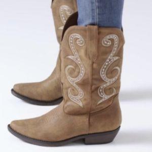 """AMERICAN RAG """"Dawnn"""" Western Cowboy Boots Size 9"""